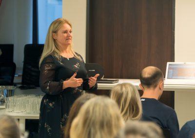 Marta Nesbitt přednáší na téma kariérní růst